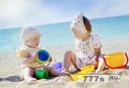 На пляж с малышом.