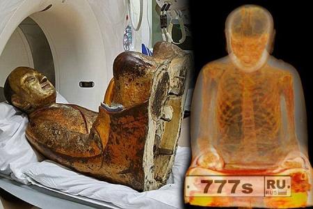 Статуя Будды таит в себе мумию монаха