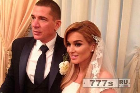 Ведущая Дом - 2 снова вышла замуж