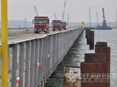 В Крым по мосту.