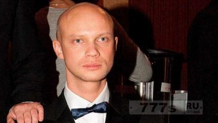 Соведущий Ивана Урганта Д.Хрусталев подрался в Москве