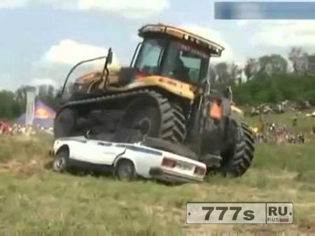 Заключенный на тракторе