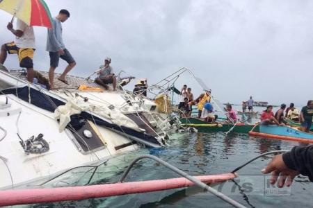 Рыбаки обнаружили судно призрак