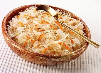 Кулинария: простейший способ заквасить капусту
