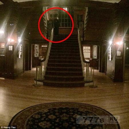 Постоялец сфотографировал жуткого призрака в отеле в Колорадо