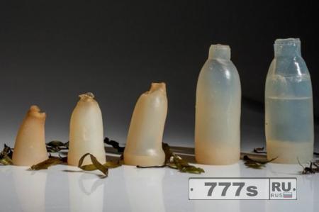Биоразлагаемая бутылка изготовлена из водорослей – ее можно съесть