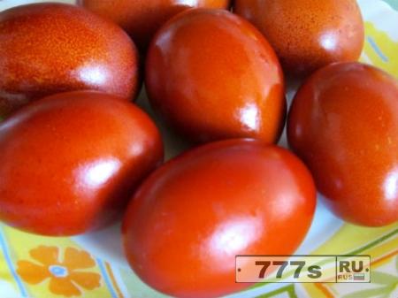 Лайфхаки: покраска пасхальных яиц