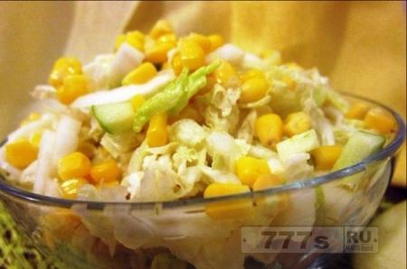 Кулинария: легкий салат для вечерних и ночных перекусов