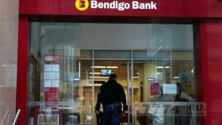 Мошенники обобрали тысячи пенсионеров в банкоматах