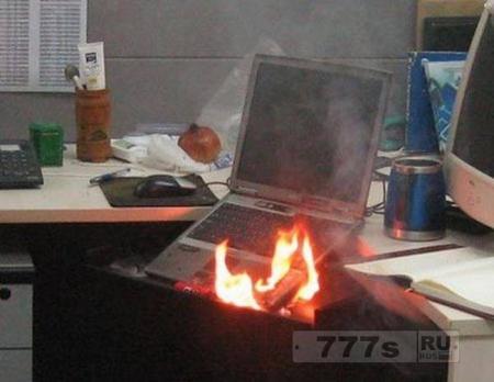 Дом чуть не сгорел от подзарядки электронной сигареты