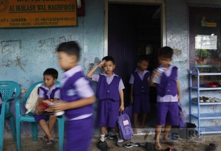 Индонезия теперь будет химически кастрировать педофилов