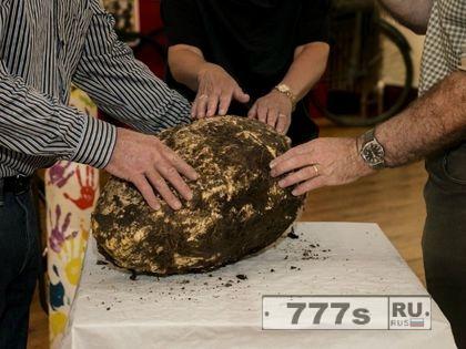 Ирландец нашел 2000-летний кусок сливочного масла в болоте - и это съедобно