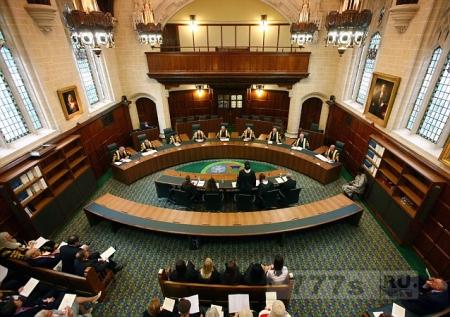 Из-за суеверных жалоб зал № 13 в суде был переименован