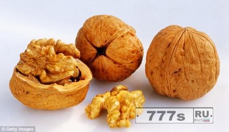 Как естественные закуски могут бороться против артрита и болезни сердца в старости