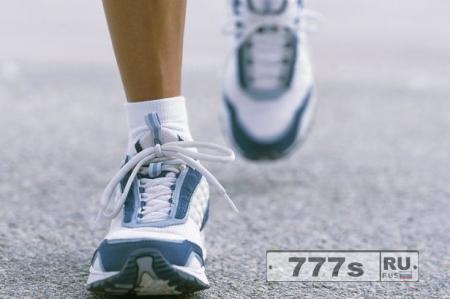 Прогулка 60 минут в день устраняет опасности для здоровья от восьми часов за столом