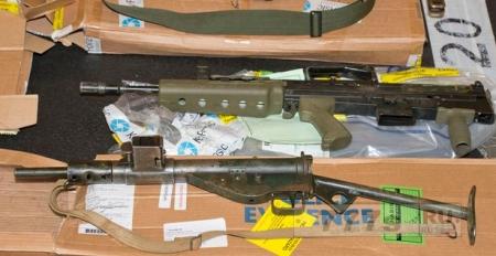 Во время рейда полиция обнаружила «столько оружия, что можно начать войну»