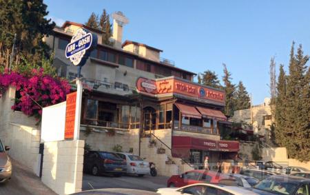 Ресторан насчитал восьмерым китайским туристам 3280 фунтов стерлингов за еду