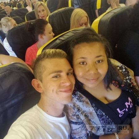 4 пассажира были сняты с рейса на Ибицу после того, как «угрожали пассажирам»