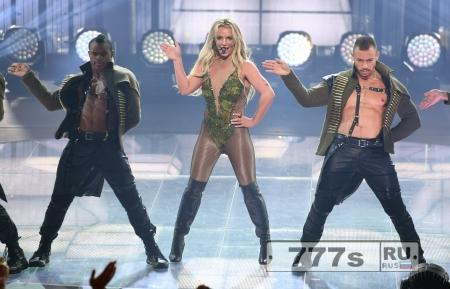 Бритни Спирс показала, как надо делать концерт в Лондоне