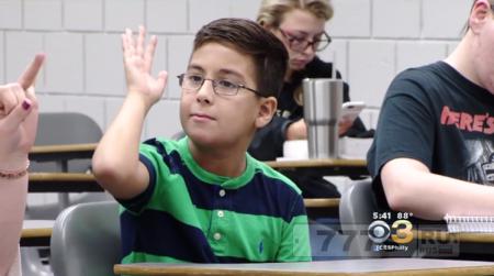 Девятилетний студент колледжа хочет стать астрофизиком и «доказать, что Бог существует»