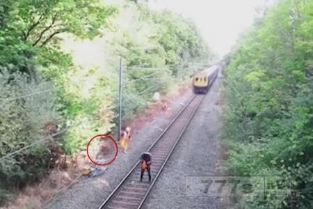 Видео про ж/д рабочего «спасающего человека от поезда» обмануло интернет