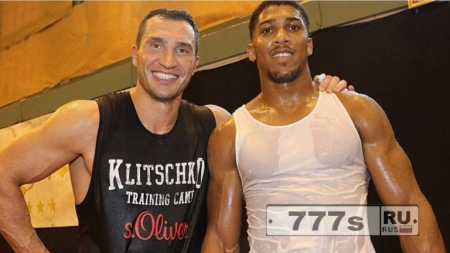 Владимиру Кличко необходимо восстановиться перед боем с Энтони Джошуа, утверждает его агент