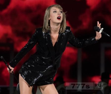 Тэйлор Свифт самая высокооплачиваемая певица в списке Форбс