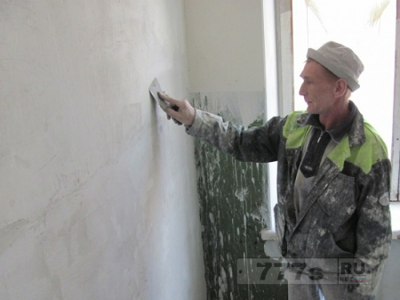 Несмотря на долги жителей, УК планирует отремонтировать дома военного городка