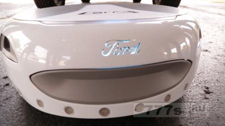 Форд представляет «запасное колесо» доставляющее водителей от автостоянки к офису