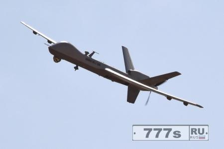 Дональд Трамп будет наращивать программу дронов-убийц, чтобы «раздолбать это ИГ»