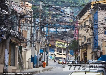 Туристов грабят так часто в Бразилии, что они могут облагаться налогом для выпаты компенсации