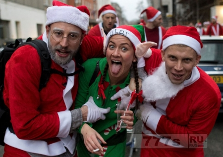 Вы спрашивали, в чём разница между Санта Клаусом и Дедом Морозом?