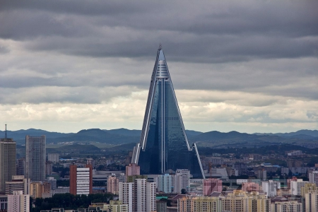Весь мир, кажется, не серьезно относится к Северной Корее, а зря
