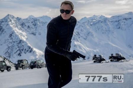 Боссы фильма про агента 007 в панике Дэниел Крейг затормозил переговоры на целый год
