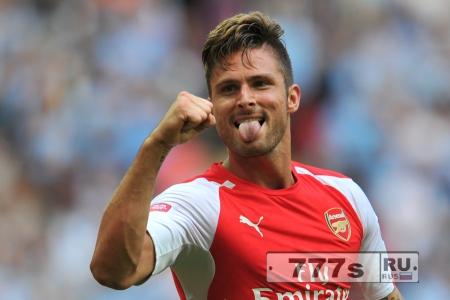 Оливье Жиру надеется подписать новый контракт с Арсеналом.