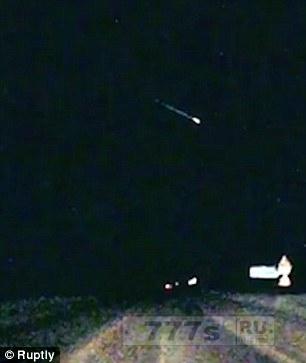Гигантский метеорит, осветивший небо над Архангельском был снят на видеорегистратор.
