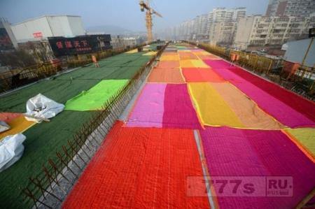 Интересно: радужная дорога в Китае