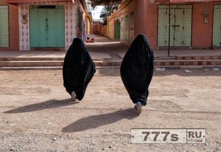 Ожидается, что Марокко запретит продажу и производство бурок.