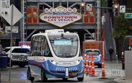 Начались испытания автобусов самостоятельного вождения на улицах Лас-Вегаса.