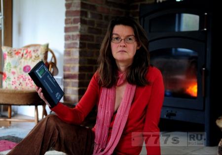 Женщина бросила работу и перебралась в сарай, потому что у нее «аллергия на WiFi».