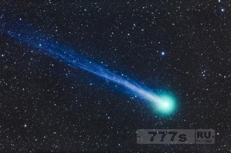 Снежная луна, комета и лунное затмение, выпадают на один и тот же день.
