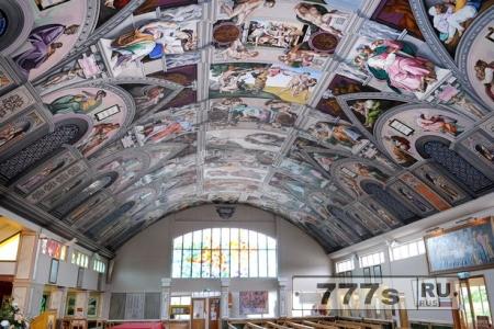 Копия Сикстинской капеллы в английской церкви привлекло десятки тысяч посетителей.