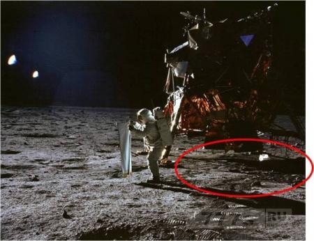 А какая реальная причина, почему мы никогда не вернуться на Луну?