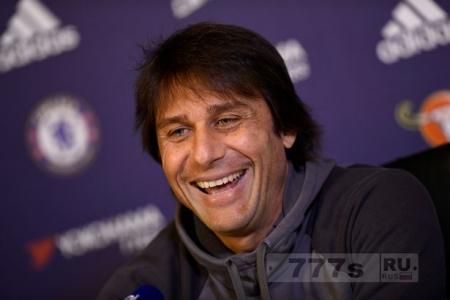 «Челси» планирует поднять зарплату Антонио Конте и продлить с ним контракт, чтобы парировать предложение «Интера» Милан.