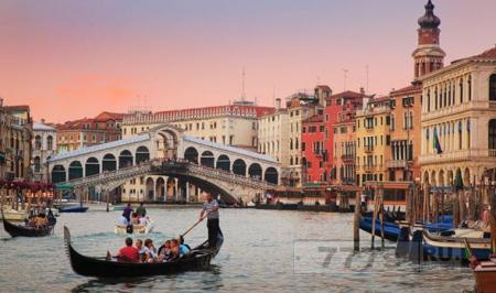 Венеция будет затоплена в результате подъема уровня моря к 2100 году.