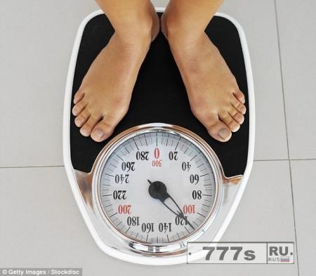 Когда ложишься спать поздно – толстеешь, говорят эксперты.