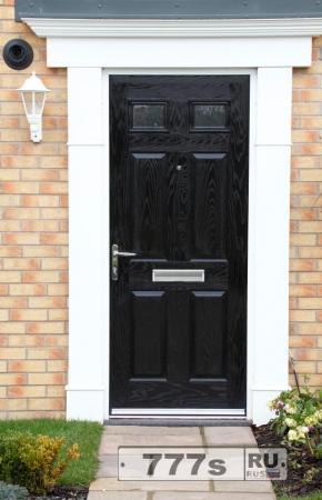 Не можете продать свой дом? Может быть стоит поменять цвет вашей входной двери.