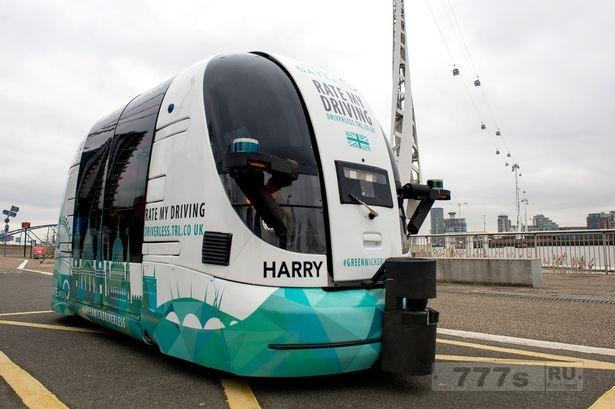 Беспилотный автобус шатл должен быть опробован общественностью в Лондоне.