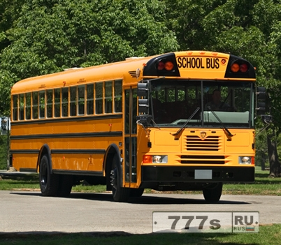 Глухого мальчика школьный автобус привез обратно в гараж, потому что никто не заметил, что он был все еще там.