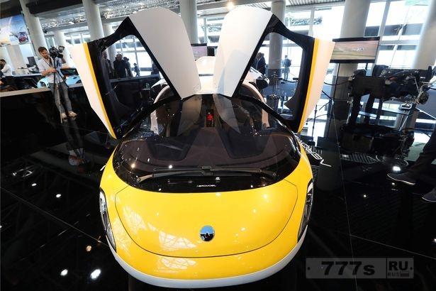 Первый коммерчески доступный летающий автомобиль представили в Монако - но он будет стоить вам около 72 млн руб.